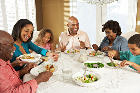Why eating with the family is good for your children